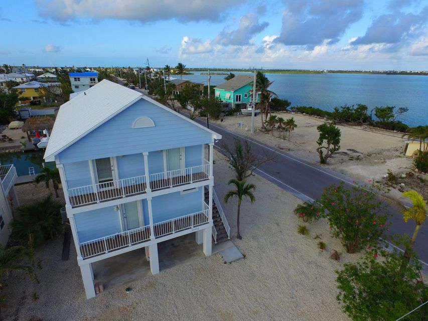 Single Family Home for Sale at 27451 Saint Croix Lane 27451 Saint Croix Lane Ramrod Key, Florida 33042 United States