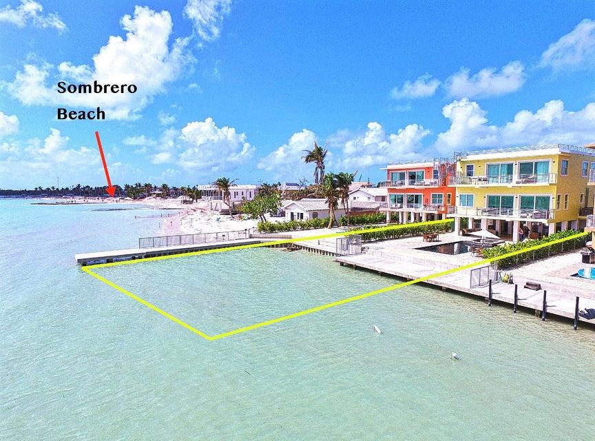 Частный односемейный дом для того Продажа на 2010 Sombrero Beach Road 2010 Sombrero Beach Road Marathon, Флорида 33050 Соединенные Штаты