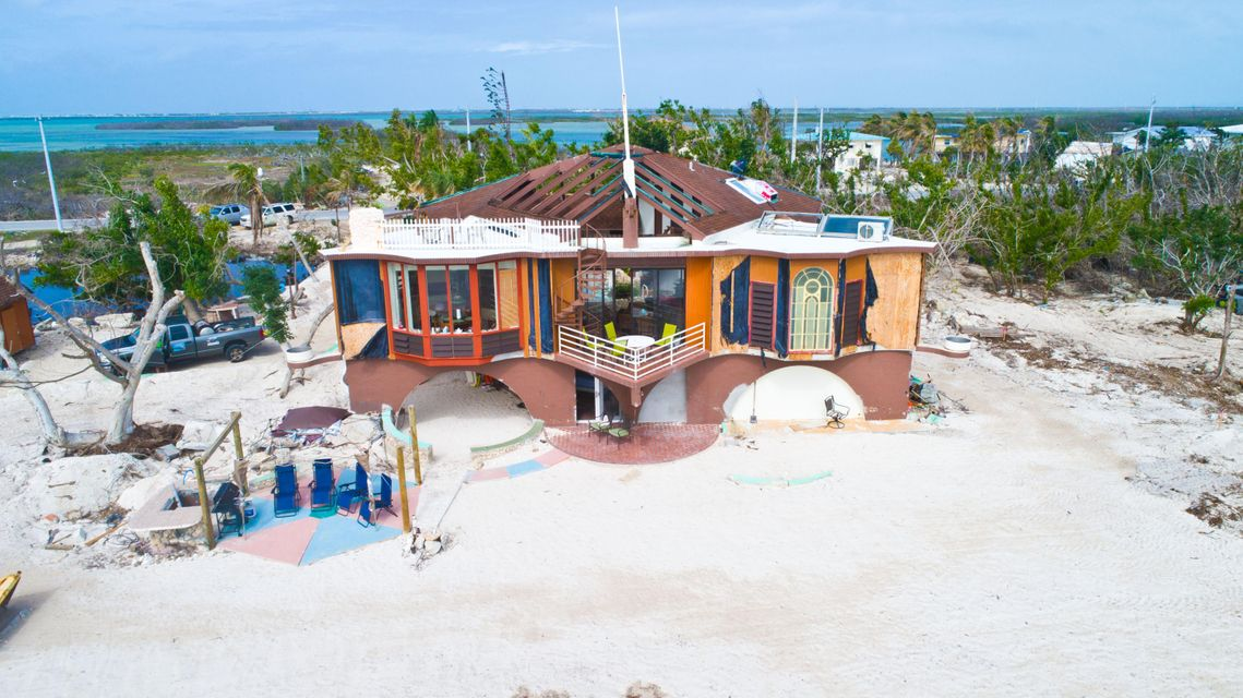 Additional photo for property listing at 1557 Long Beach Drive 1557 Long Beach Drive Big Pine Key, Florida 33043 Amerika Birleşik Devletleri