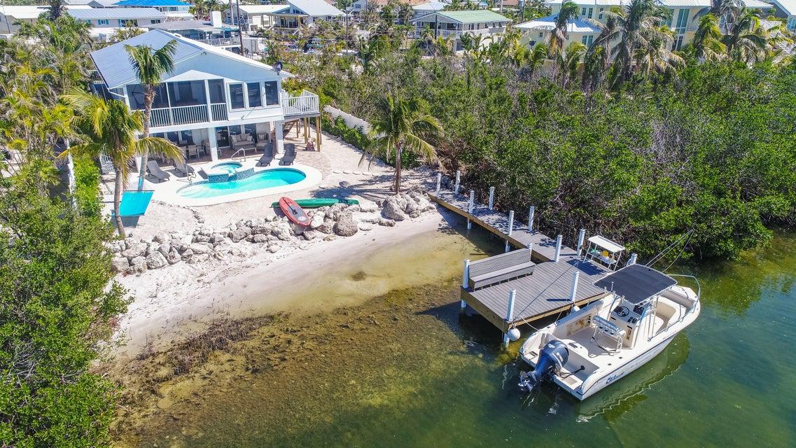 Single Family Home for Sale at 22624 Jolly Roger Drive 22624 Jolly Roger Drive Cudjoe Key, Florida 33042 United States
