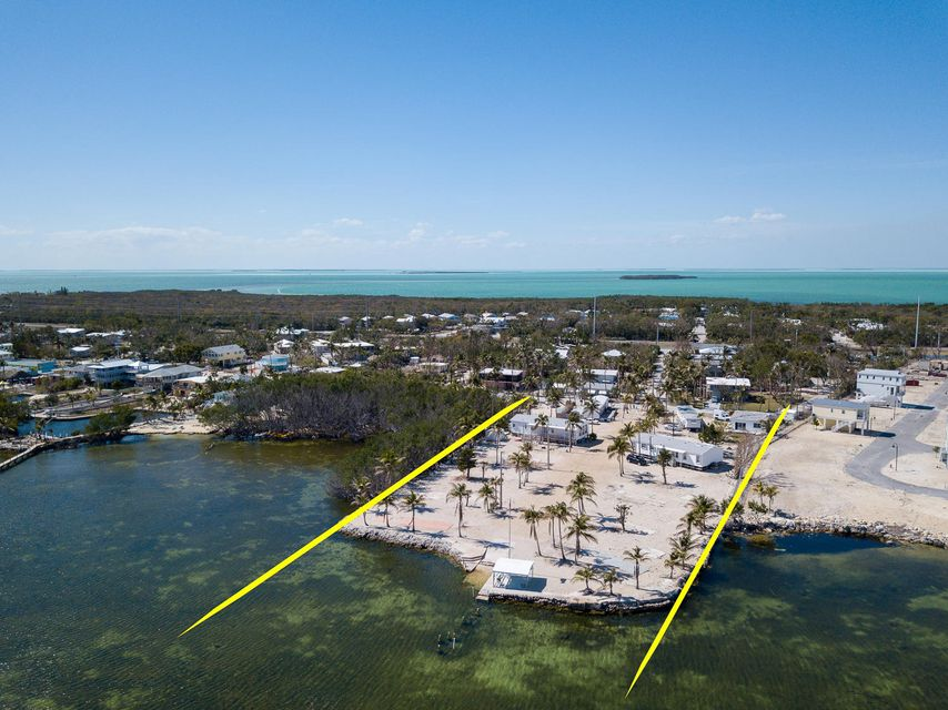 Terrain pour l Vente à 99 Seaside Avenue 99 Seaside Avenue Key Largo, Florida 33037 États-Unis