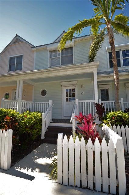 タウンハウス のために 売買 アット 5097 Sunset Village Drive 5097 Sunset Village Drive Duck Key, フロリダ 33050 アメリカ合衆国