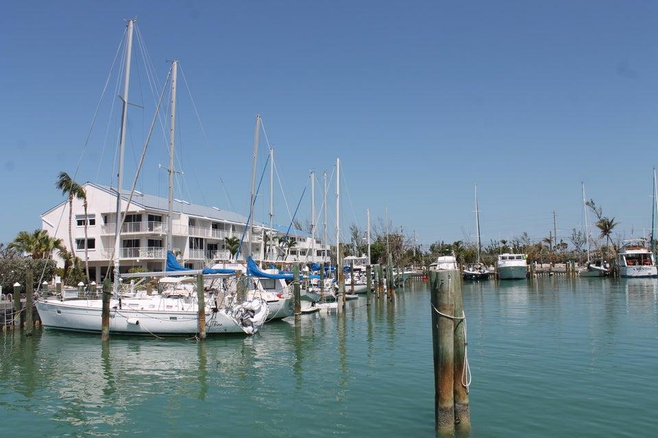 Autre bien résidentiel pour l Vente à 97 Coco Plum Drive 97 Coco Plum Drive Marathon, Florida 33050 États-Unis