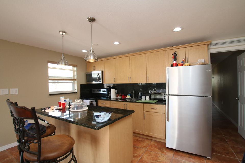 Additional photo for property listing at 557 49Th Street 557 49Th Street Marathon, 플로리다 33050 미국