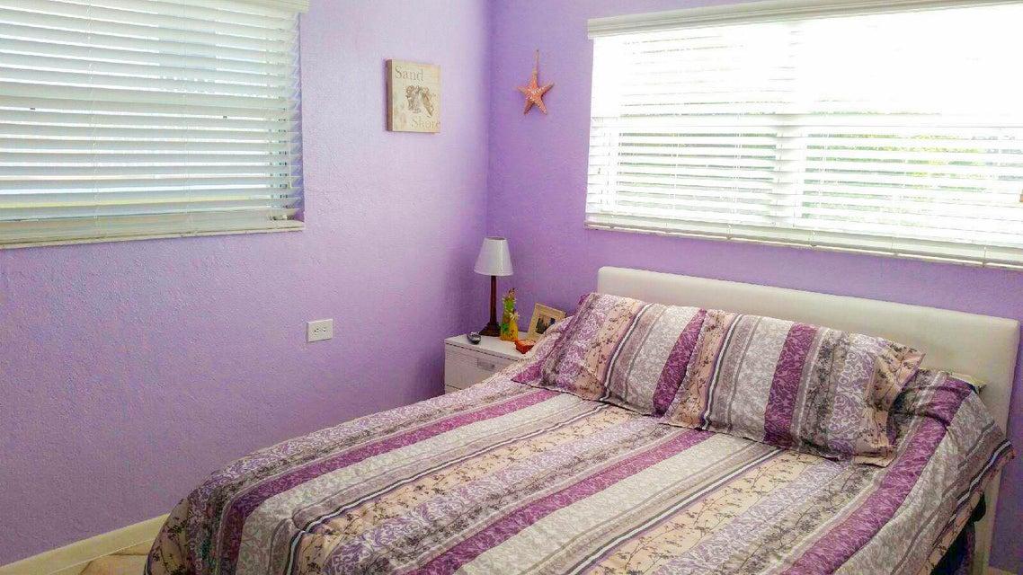 Eensgezinswoning voor Verkoop een t 641 8Th Street 641 8Th Street Key Colony, Florida 33051 Verenigde Staten