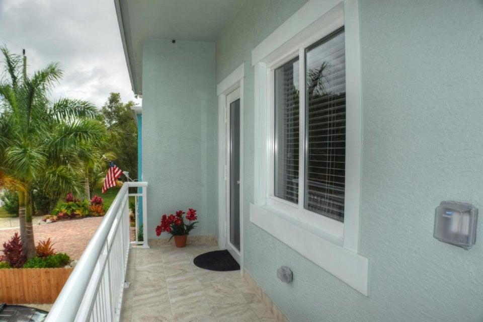 Casa para uma família para Venda às 22 Tarpon Avenue 22 Tarpon Avenue Key Largo, Florida 33037 Estados Unidos