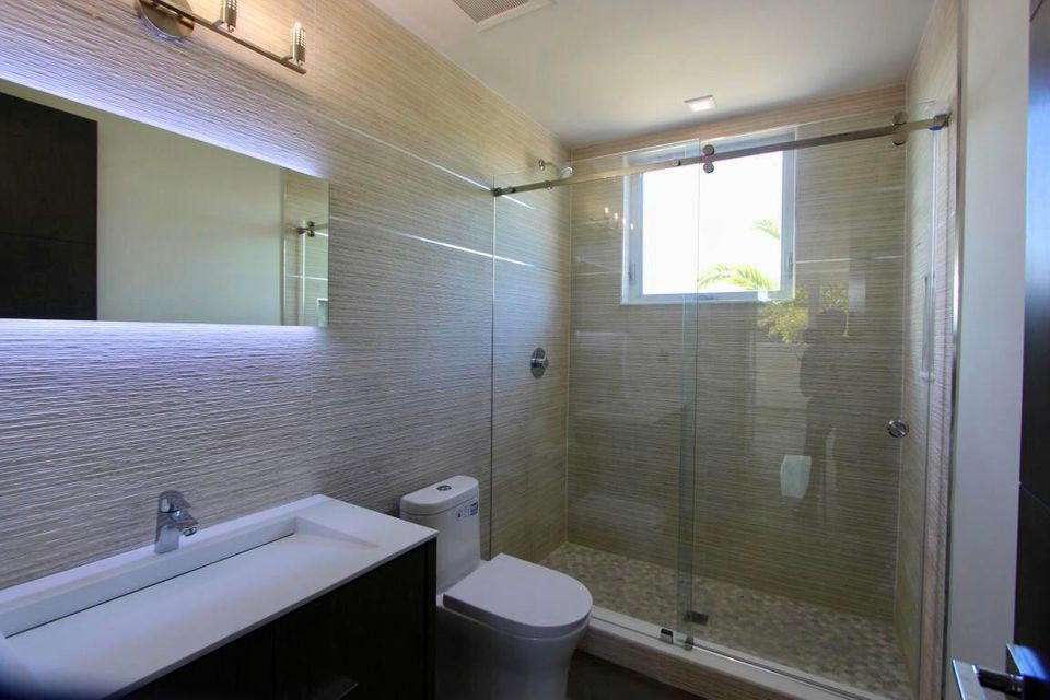 Additional photo for property listing at 7 N Blackwater Lane 7 N Blackwater Lane Key Largo, Florida 33037 Stati Uniti