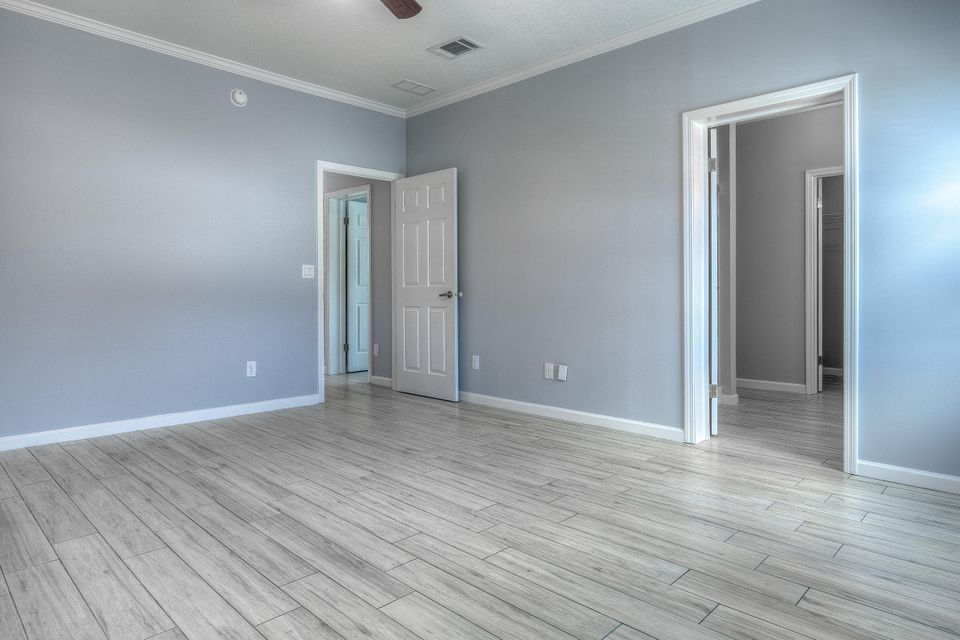 Additional photo for property listing at 8 Beach Drive 8 Beach Drive Saddlebunch, フロリダ 33040 アメリカ合衆国