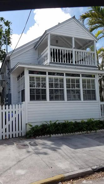 Additional photo for property listing at 1110 Fleming Street 1110 Fleming Street Key West, Florida 33040 États-Unis