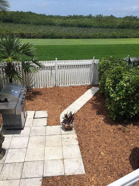 Additional photo for property listing at 26 Merganser Lane 26 Merganser Lane Key West, Florida 33040 Hoa Kỳ
