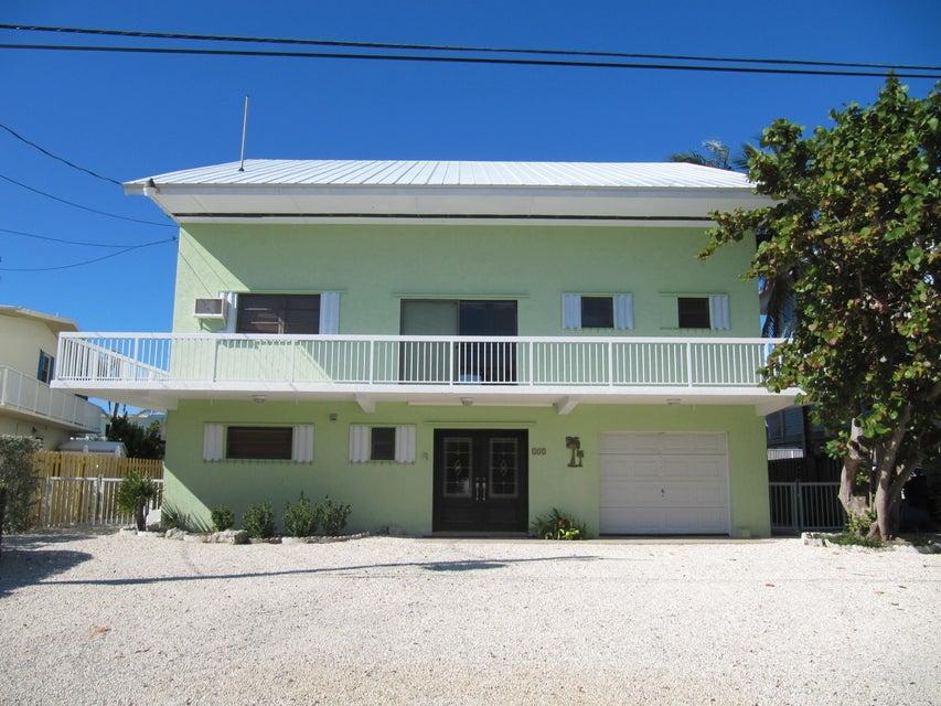 132 Bahama Road