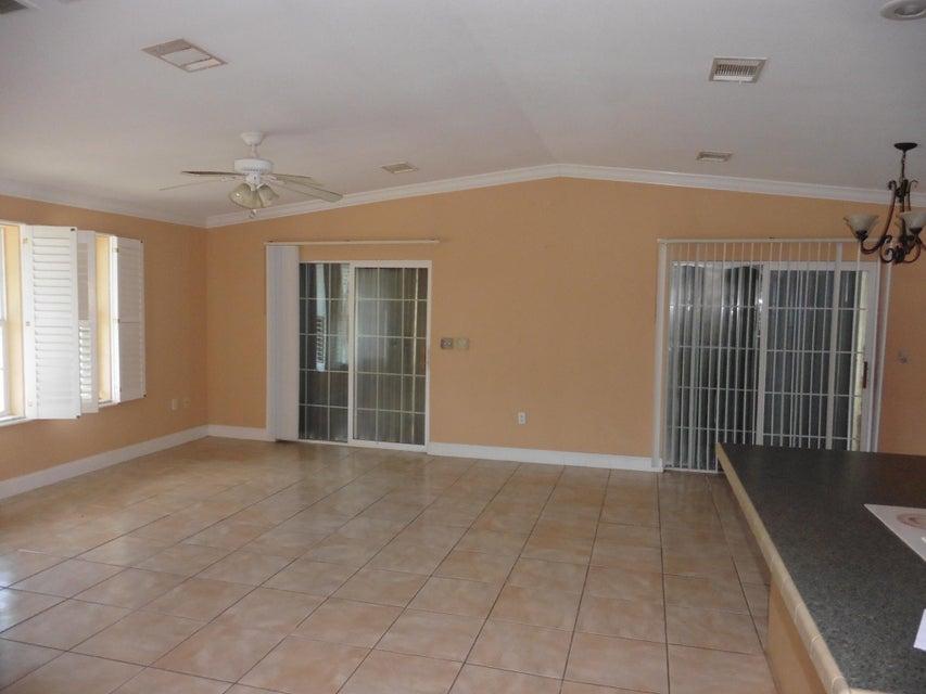 Additional photo for property listing at 307 Vaca Road 307 Vaca Road Key Largo, Florida 33037 Stati Uniti