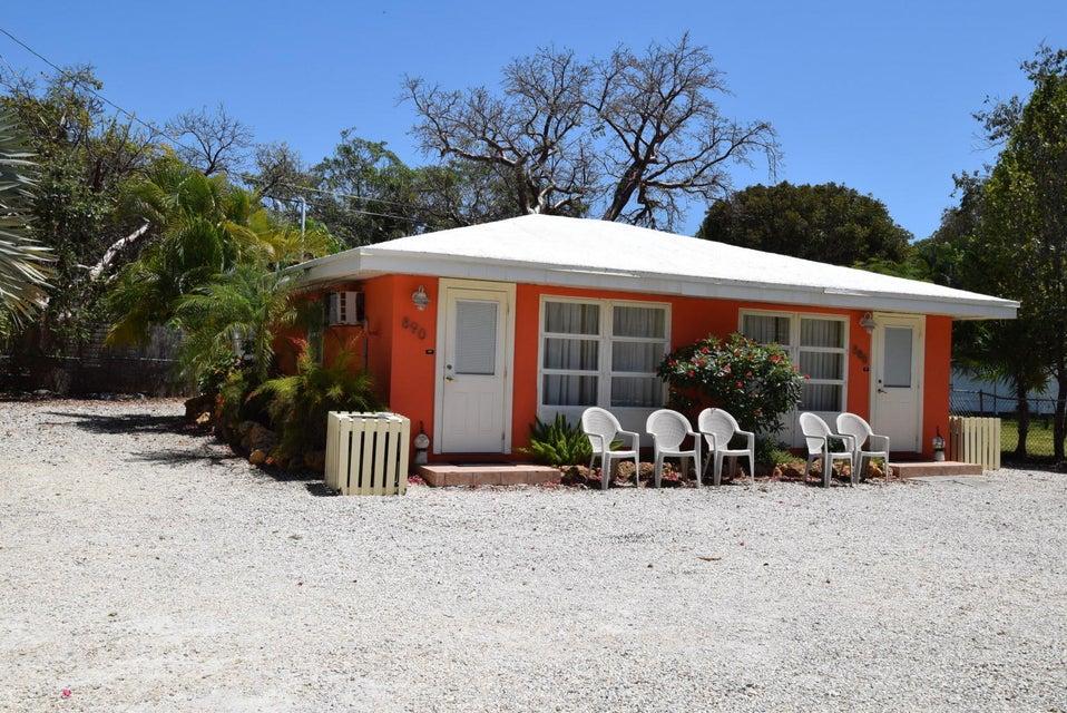 Additional photo for property listing at 888-890 50Th Street Gulf 888-890 50Th Street Gulf Marathon, 플로리다 33050 미국