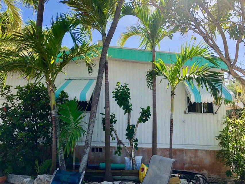 独户住宅 为 销售 在 257 Mars Lane 257 Mars Lane Geiger Key, 佛罗里达州 33040 美国