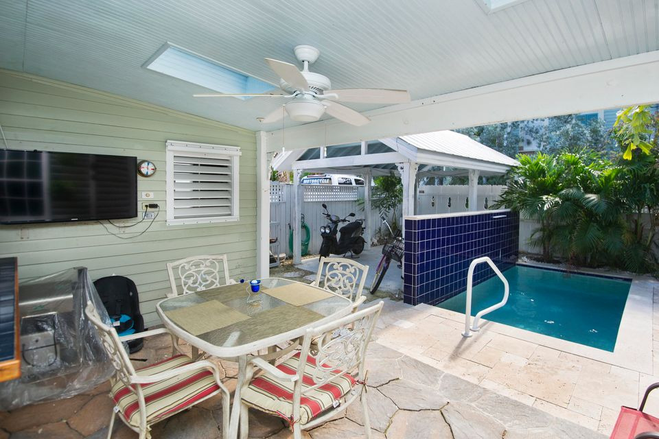 Villa per Vendita alle ore 1112 Elgin Lane 1112 Elgin Lane Key West, Florida 33040 Stati Uniti