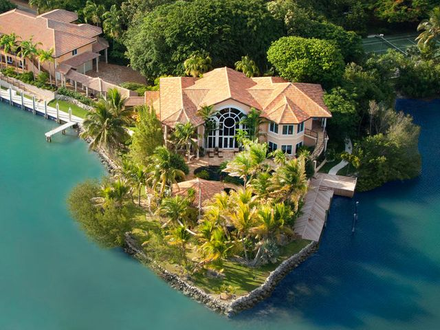 Florida keys luxury real estate key colony duck key for Fish camps for sale in florida