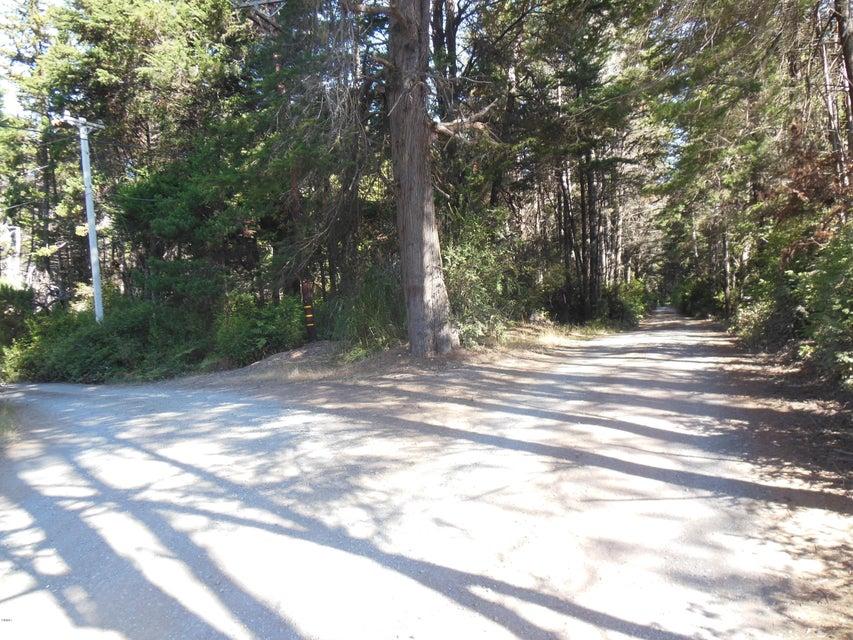 Additional photo for property listing at 17460 Marsben Lane 17460 Marsben Lane Fort Bragg, 加利福尼亚州 95437 美国