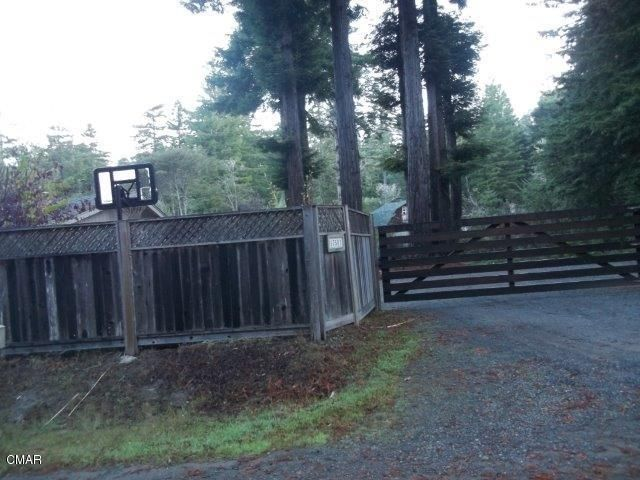 Additional photo for property listing at 17500 Redwood Springs Drive 17500 Redwood Springs Drive Fort Bragg, California 95437 Estados Unidos