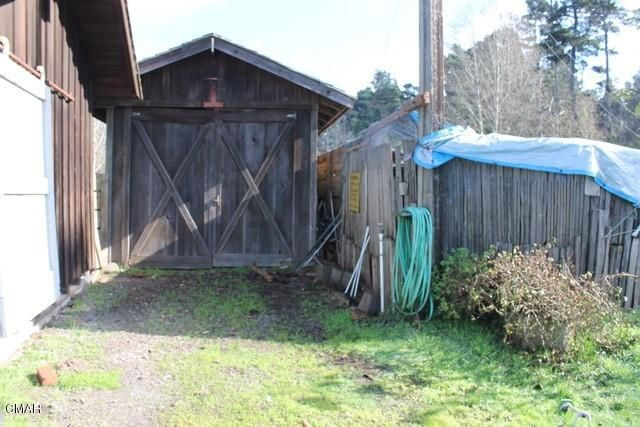 Additional photo for property listing at 18351 Old Coast Highway 18351 Old Coast Highway Fort Bragg, 加利福尼亚州 95437 美国
