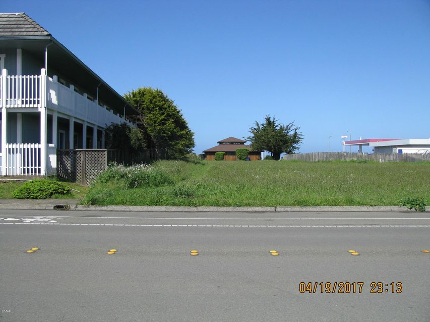 Additional photo for property listing at 731 S Franklin Street 731 S Franklin Street Fort Bragg, California 95437 United States