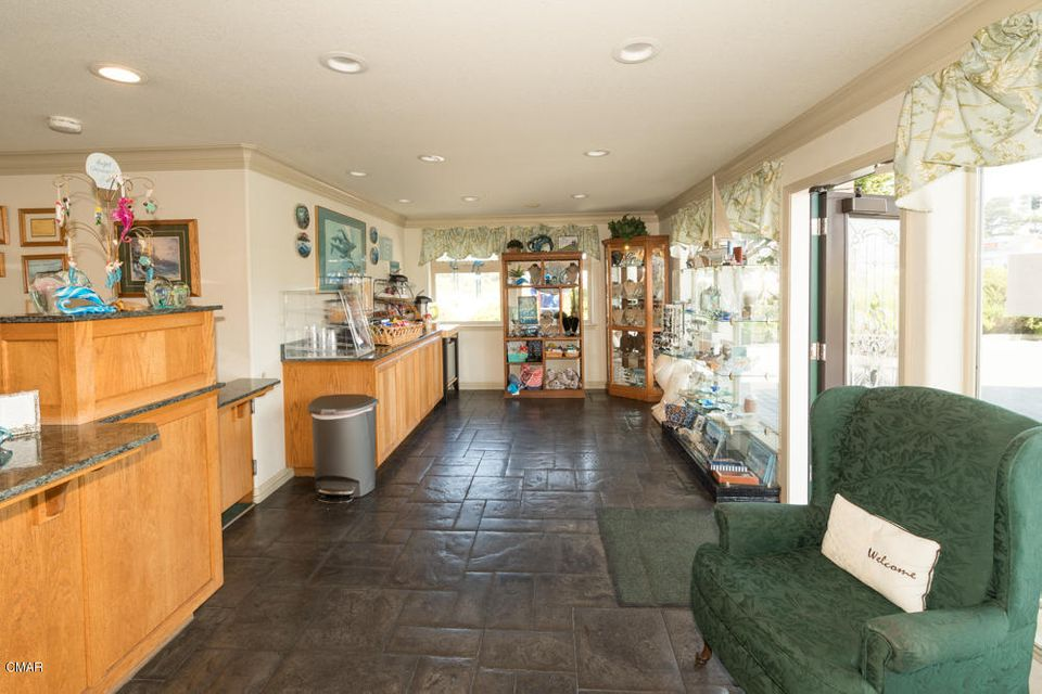 Additional photo for property listing at 1211 S Main Street 1211 S Main Street Fort Bragg, California 95437 United States
