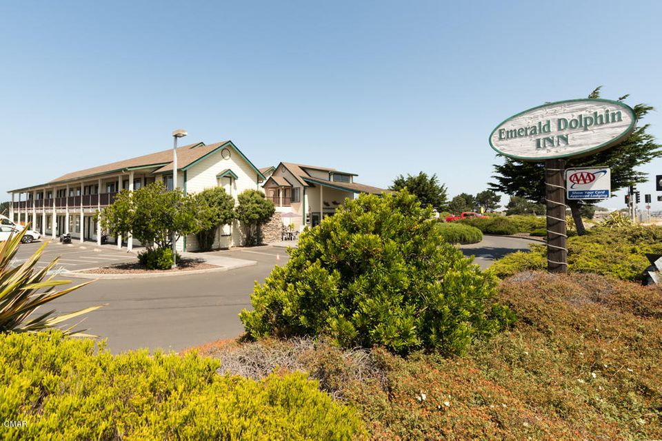 Commercial for Sale at 1211 S Main Street 1211 S Main Street Fort Bragg, California 95437 United States