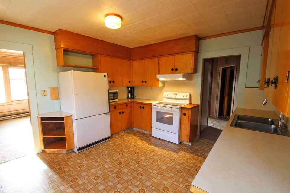 Additional photo for property listing at 110 N Whipple 110 N Whipple Fort Bragg, California 95437 Estados Unidos
