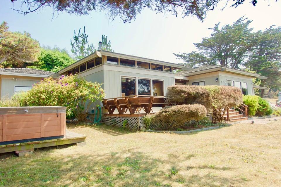 独户住宅 为 销售 在 14251 Polaris Circle 14251 Polaris Circle Mendocino, 加利福尼亚州 95460 美国