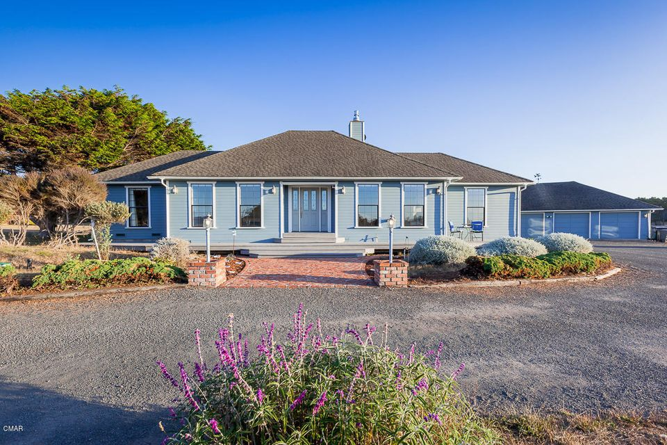 Casa Unifamiliar por un Venta en 34451 Sunset Way 34451 Sunset Way Fort Bragg, California 95437 Estados Unidos