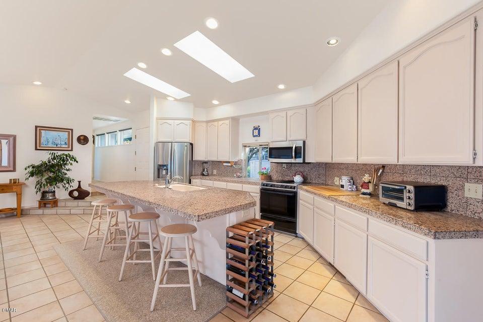 Additional photo for property listing at 15220 Irish Beach Drive 15220 Irish Beach Drive Manchester, California 95459 Estados Unidos
