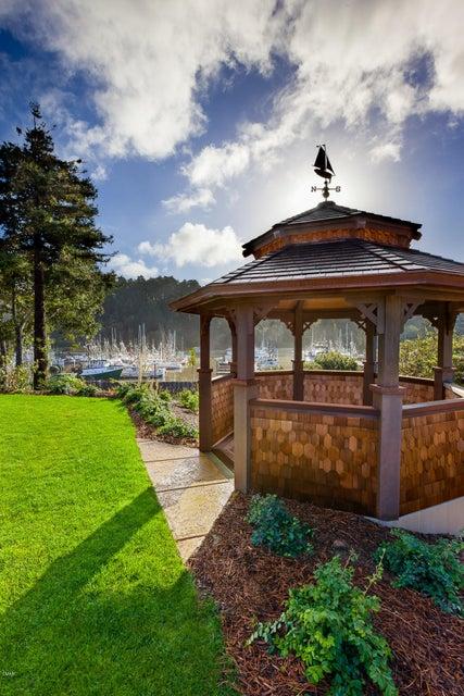 Additional photo for property listing at 500 Casa Del Noyo Drive 500 Casa Del Noyo Drive Fort Bragg, California 95437 Estados Unidos