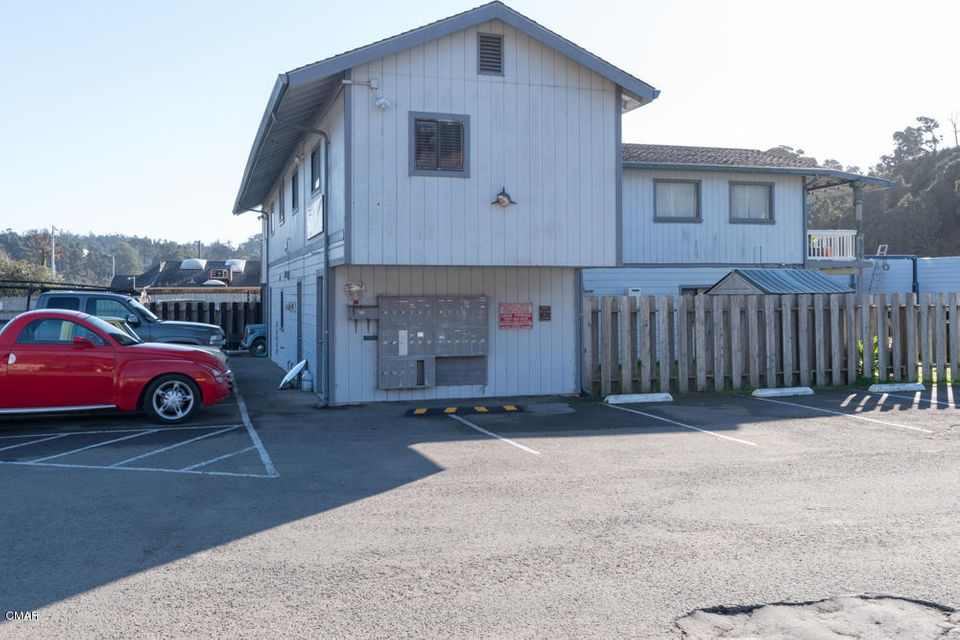 Additional photo for property listing at 32200 N Harbor Drive 32200 N Harbor Drive Fort Bragg, California 95437 United States