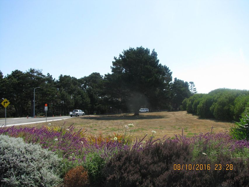 Commercial for Sale at 100 E Ocean View Drive 100 E Ocean View Drive Fort Bragg, California 95437 United States