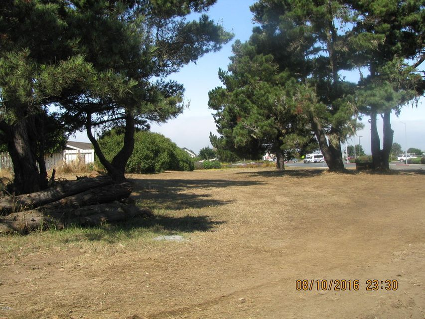 Additional photo for property listing at 100 E Ocean View Drive 100 E Ocean View Drive Fort Bragg, California 95437 United States