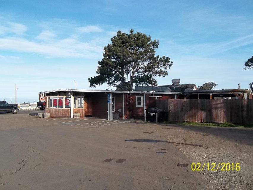 Additional photo for property listing at 1064 S Main Street 1064 S Main Street Fort Bragg, California 95437 Estados Unidos