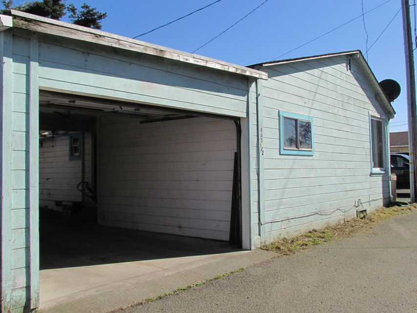 Additional photo for property listing at 445 1/2 N Whipple Street 445 1/2 N Whipple Street Fort Bragg, California 95437 Estados Unidos
