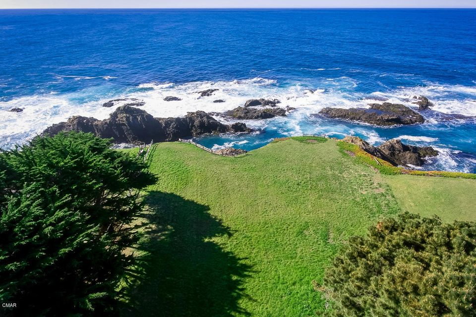 Additional photo for property listing at 45640 Cypress Drive 45640 Cypress Drive Mendocino, California 95460 United States