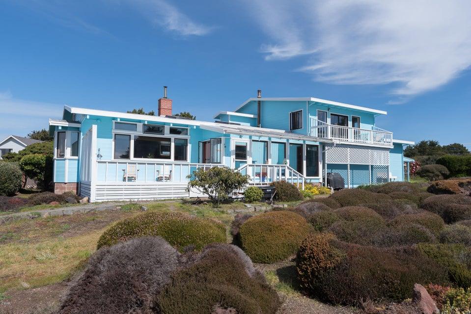 Casa Unifamiliar por un Venta en 19141 Neptune Avenue 19141 Neptune Avenue Fort Bragg, California 95437 Estados Unidos
