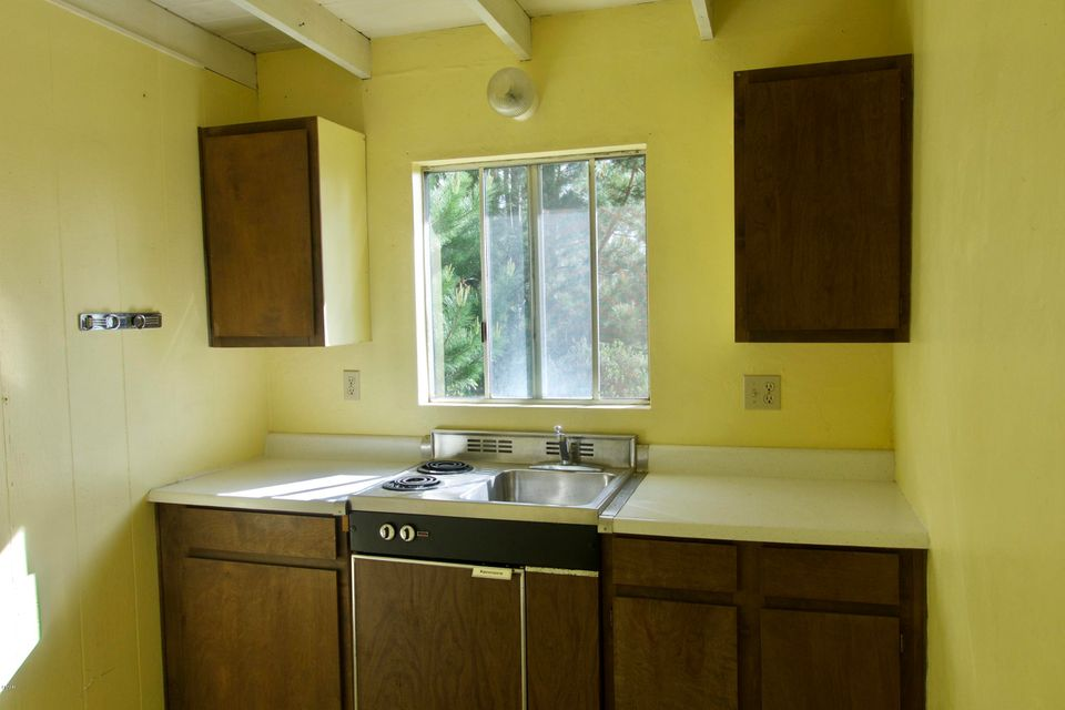 Additional photo for property listing at 33500 Simpson Road 33500 Simpson Road Fort Bragg, California 95437 Estados Unidos