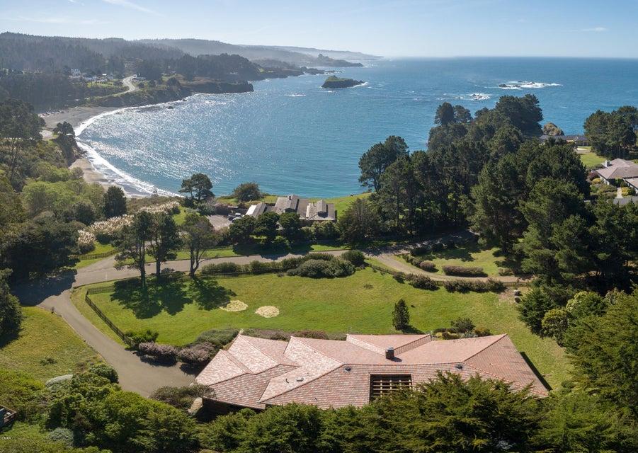 Casa Unifamiliar por un Venta en 45260 Headlands Drive 45260 Headlands Drive Little River, California 95456 Estados Unidos