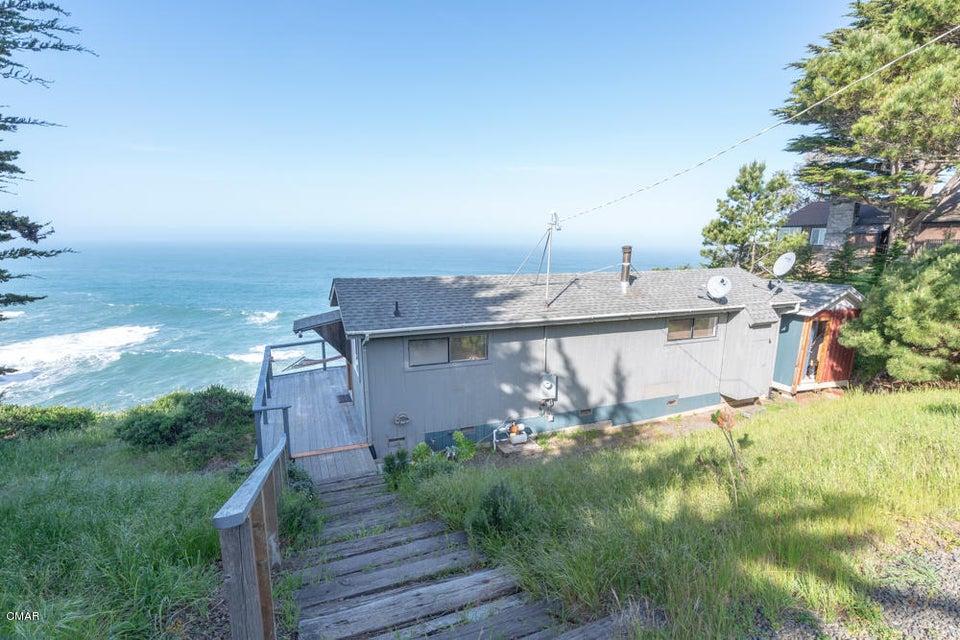 Casa Unifamiliar por un Venta en 1500 Navarro Bluff 1500 Navarro Bluff Albion, California 95410 Estados Unidos