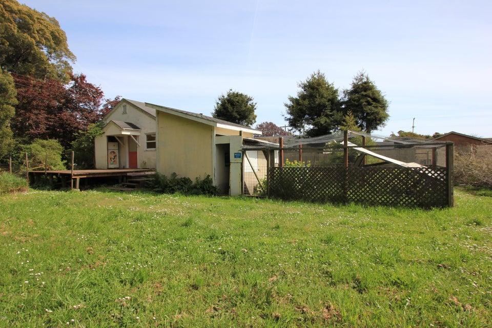 Additional photo for property listing at 1063 E Chestnut Street 1063 E Chestnut Street Fort Bragg, 加利福尼亚州 95437 美国