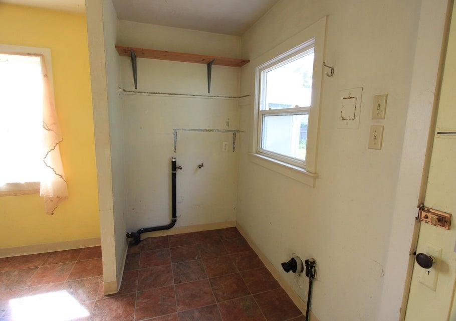 Additional photo for property listing at 1063 E Chestnut Street 1063 E Chestnut Street Fort Bragg, California 95437 Estados Unidos