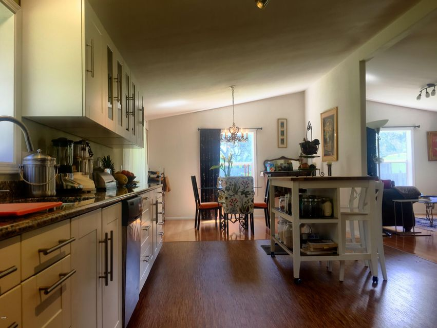 Additional photo for property listing at 13151 Airport Road 13151 Airport Road Boonville, California 95415 Estados Unidos