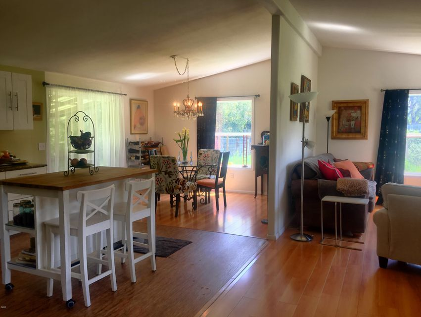 Additional photo for property listing at 13151 Airport Road 13151 Airport Road Boonville, California 95415 United States