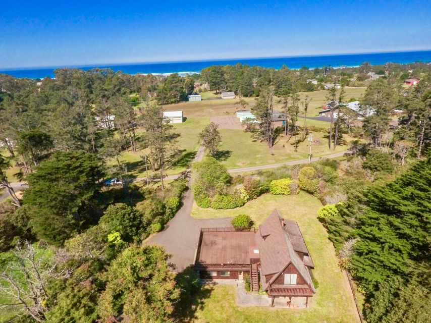 Additional photo for property listing at 22921 Bednar Lane 22921 Bednar Lane Fort Bragg, California 95437 Estados Unidos