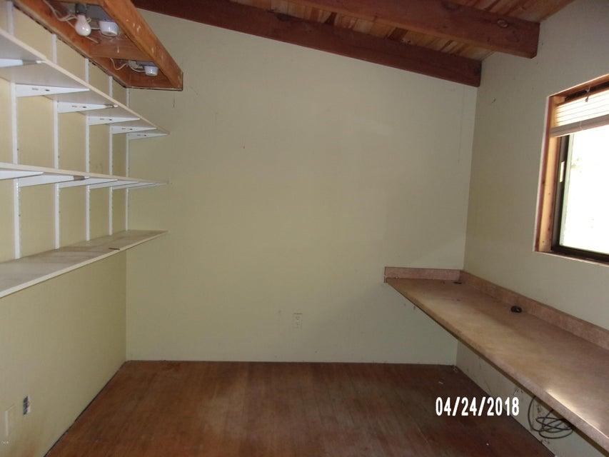 Additional photo for property listing at 29347 Fort Bragg-Sherwood Road 29347 Fort Bragg-Sherwood Road Fort Bragg, California 95437 Estados Unidos