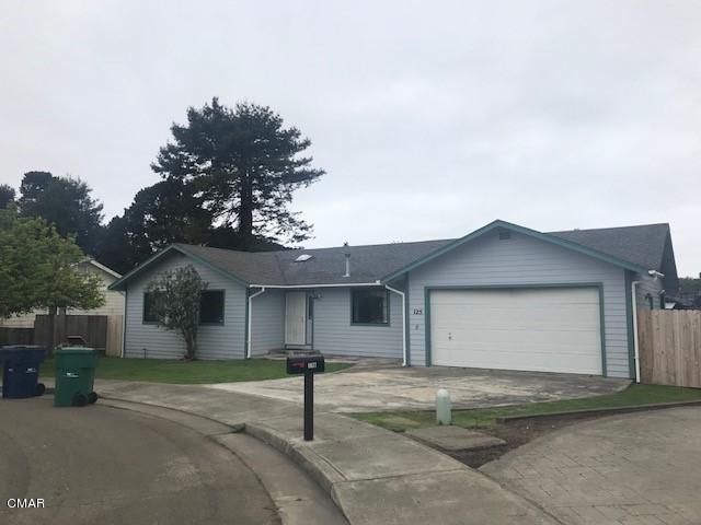 Additional photo for property listing at 125 Noyo Heights Drive 125 Noyo Heights Drive Fort Bragg, California 95437 United States