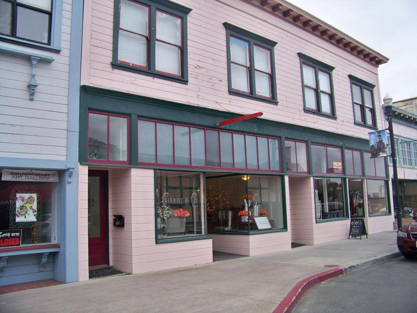 Additional photo for property listing at 320-322 N Franklin St. Street 320-322 N Franklin St. Street Fort Bragg, California 95437 United States