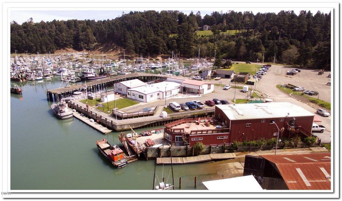 Commercial for Sale at 19275 S Harbor Drive 19275 S Harbor Drive Fort Bragg, California 95437 United States
